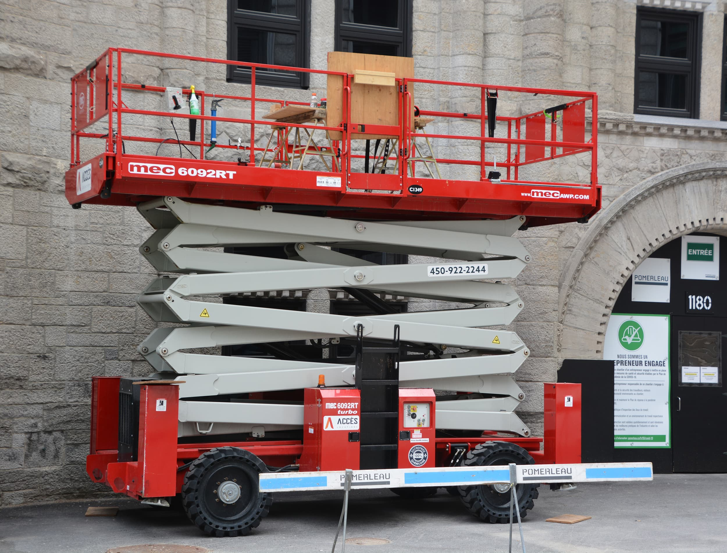 Compliance Training Online Canada Scissor Lift Safety course