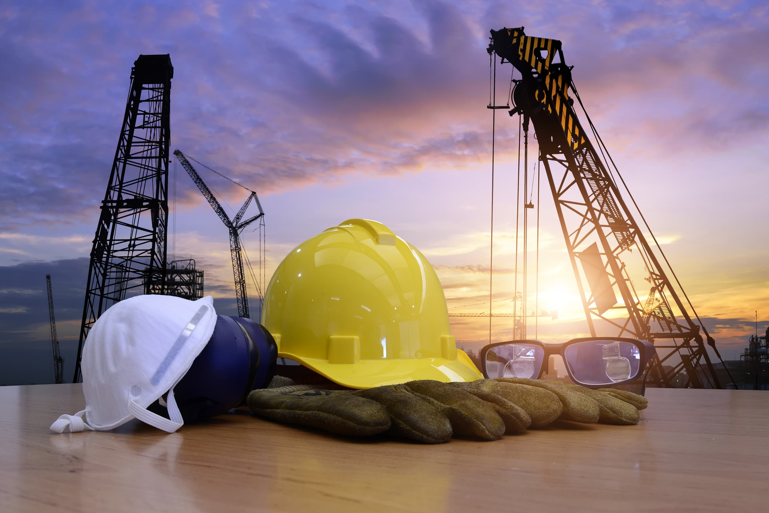 Compliance Training Online Crane, Derrick & Hoist Safety course