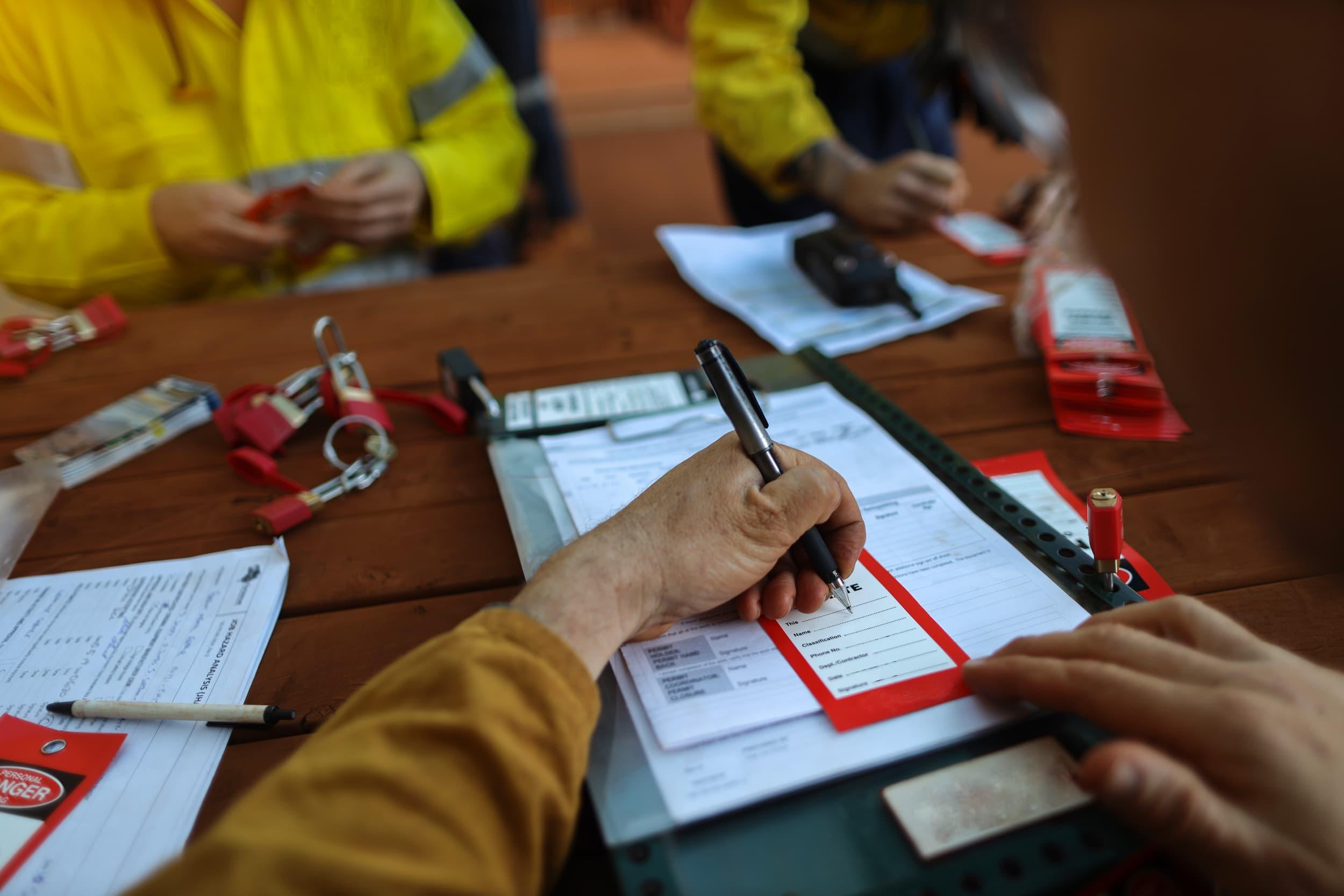 Compliance Training Online Lockout Tagout course
